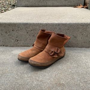 Sorel Leather Moccasin Boots